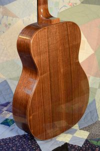 14-fret auditorium guitar body, rear